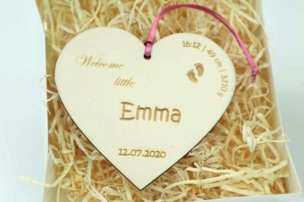Little Boxes zur Geburt Herz in Geschenkverpackung mit Gravur